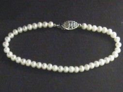"#222 -SINGLE 16"" LENGTH 6MM WHITE SWEETHEART PEARL NECKLACE"
