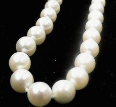 "#260 - 100""  CULTURED 7.5MM PEARL NECKLACE"