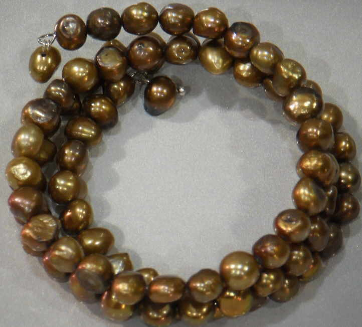 #32 - FRESHWATER PEARL TRIPLE BRACELET ON WIRE-BROWN