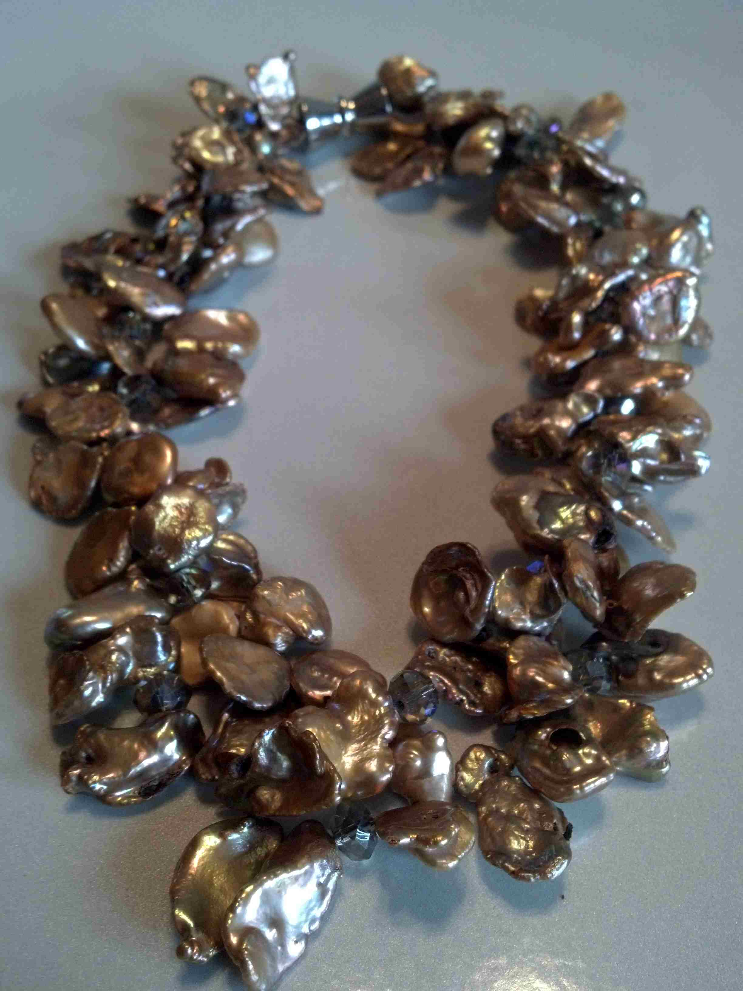 #506 - 18INCH COINMIX CHOCOLATE SILVER CLASP