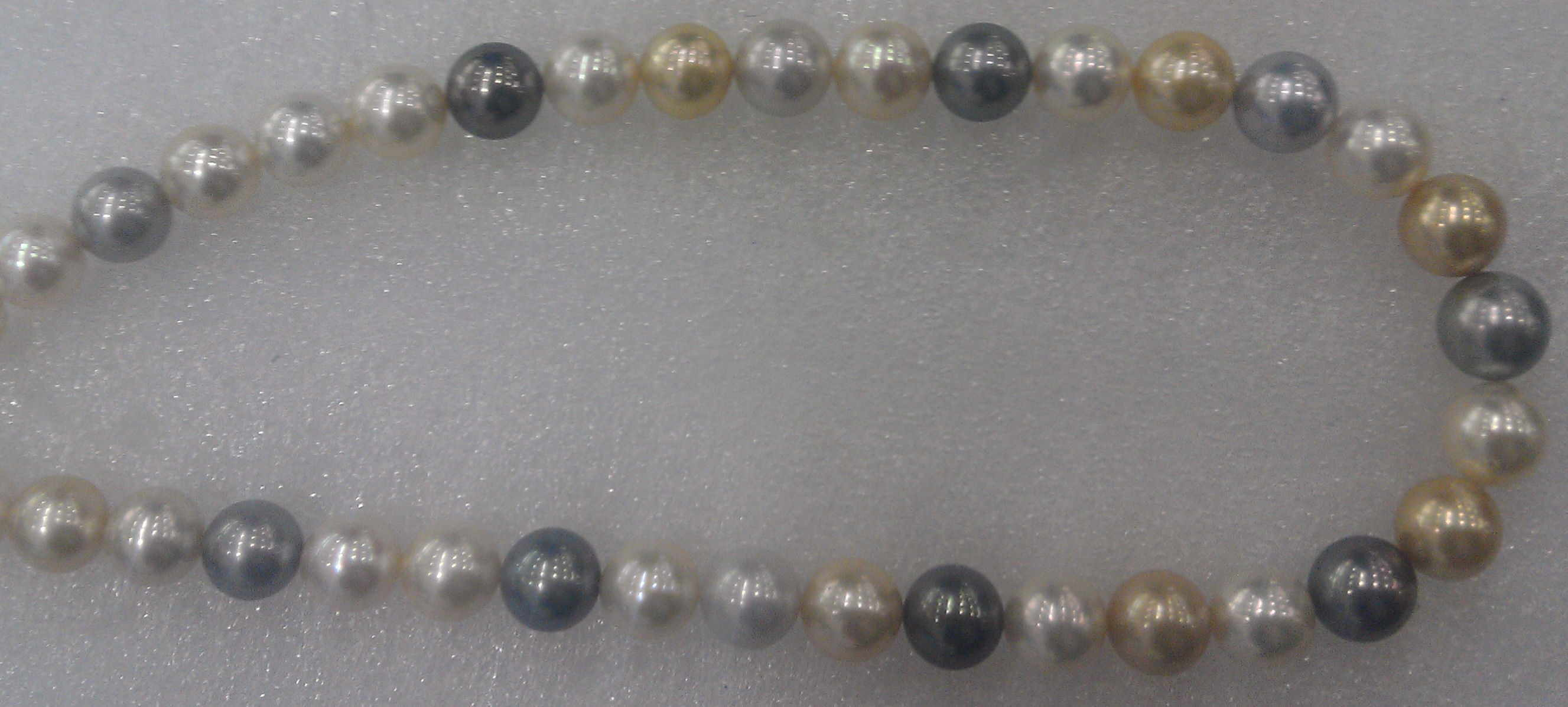 #708 - 18 INCH 14MM SOUTH SEA GOLDEN  MULTI COLOR 14K CLASP