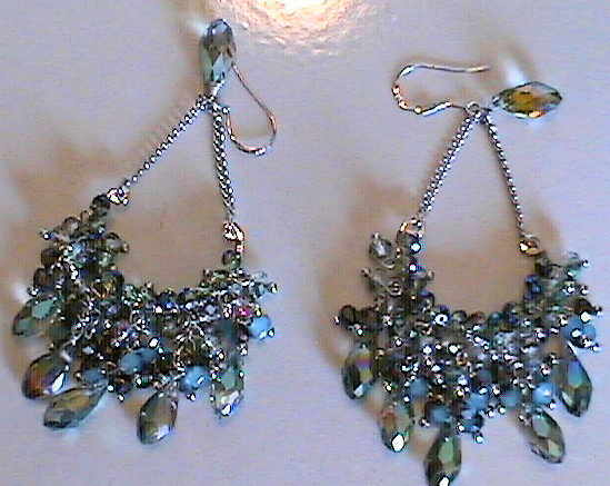 #AJ900  CRYSTAL DESIGNER EARRINGS