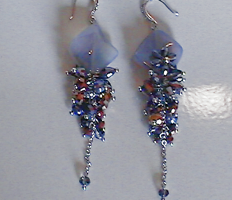 #AJ912  CRYSTAL DESIGNER EARRINGS