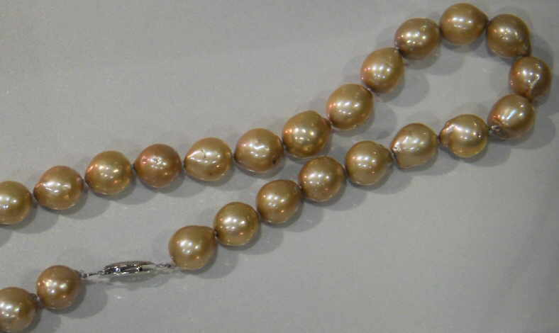 "#226 -SINGLE 18"" LENGTH 10MM GOLDEN CHAMPANGE BAROQUE PEARL NECKLACE"