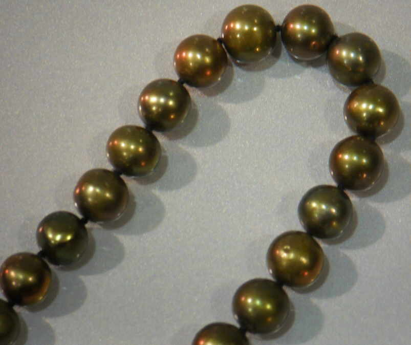 "#229 -SINGLE 18"" LENGTH 8MM OLIVE PEARL NECKLACE"